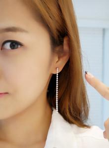 [바닐라슈] 슬림웨이 큐빅롱 귀걸이 (3color)