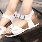 [바닐라슈] 루이플 벨크로 키높이 웨지 투벨트 샌들(5.5cm)