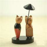 우산을 받쳐 든 고양이 부부 / 우든소품 / zakka