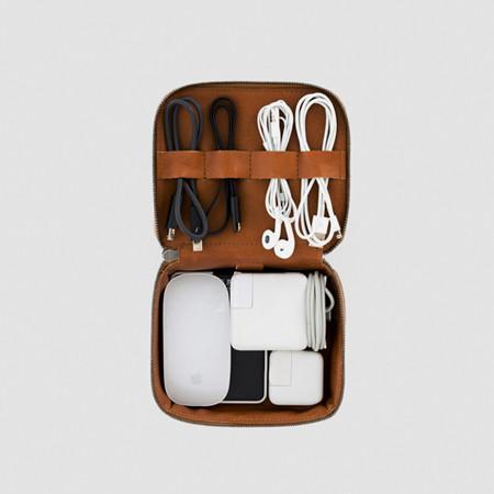 THIS IS GROUND™ Tech Dopp Kit Mini