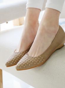 [바닐라슈] ((23040))클레나 펀칭꼬임 미니웨지힐 플랫슈즈(3cm)