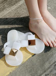 [바닐라슈]((23531))리슈이 젤리 골드메탈 쪼리슬리퍼(1cm)