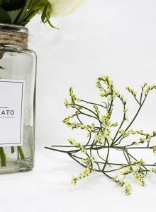 GRATO Basic Vase. 어디에든 잘 어울리는 심플한 디자인의 화병으로 분위기를 바꿔보세요.