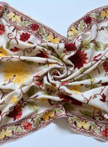 레드 플라워 [더 자마와르 캐시미어 숄- 화이트 라인] 여성 캐시미어 머플러 - 인도 카슈미르 전통 자수 핸드메이드 라지 숄