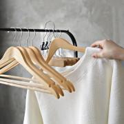 내츄럴해서 더욱 좋은 옷걸이~! 원목 옷걸이 균일가 모음전(블랙 에디션 출시!)