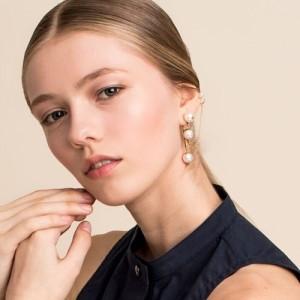 White swan pearl earring [DL17FWER01MTF]