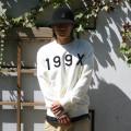 19패치 맨투맨 티셔츠