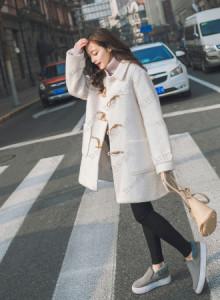 [해외] 여성 떡볶이 코트 경적 버클 속옷 롱 2017 가을과 겨울 신상