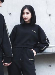 [블랙크러쉬 자체제작] 여성 크롭 맨투맨 트레이닝복 티셔츠