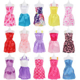 바비인형 옷(15벌), 악세사리(90개) - Barbie Doll Clothes Set, Barbie Doll Accessories