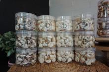 화이트머랭쿠키 땅콩아몬드/피칸발로나/호두시나몬/코코넛/프레첼 무색소머랭쿠키 도노디비노스타일 머랭쿠키 입니다